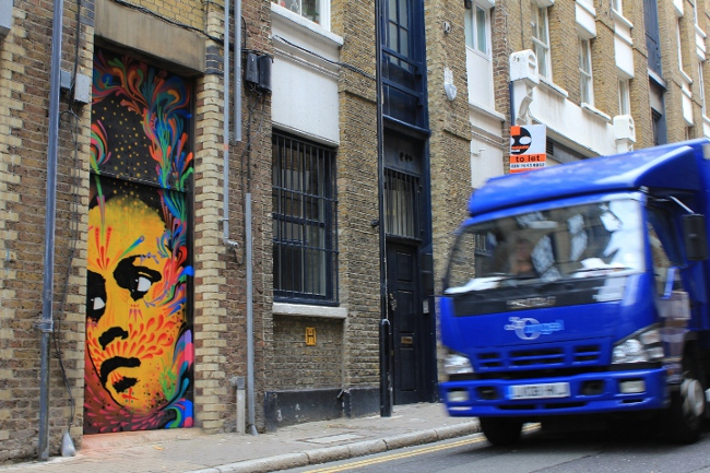 Stinkfish street art London