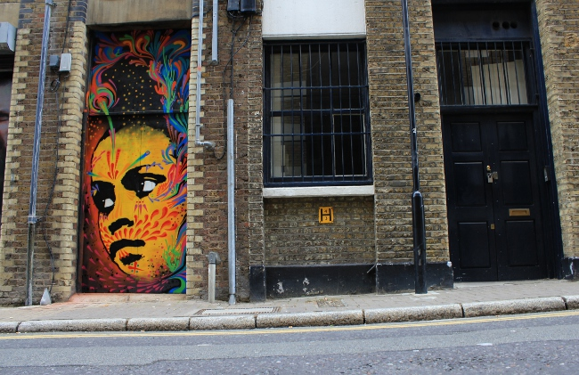 Stinksfih Street Art London