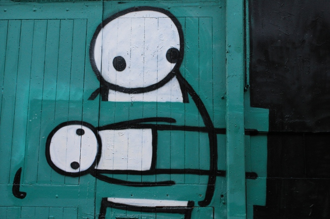 Stik street art in London, 'Art Thief'