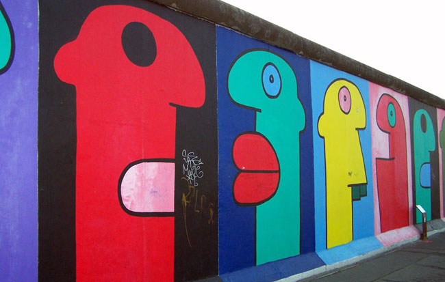 Thierry Noir Street Art London